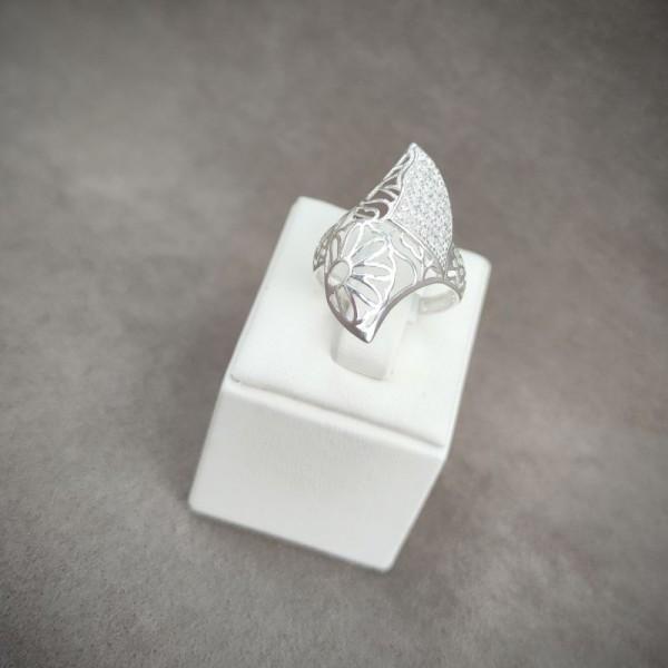 Prsten P950.9