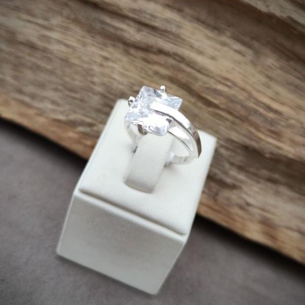 Prsten P1400.4