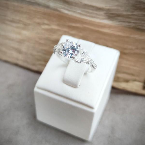 Prsten P1050.7